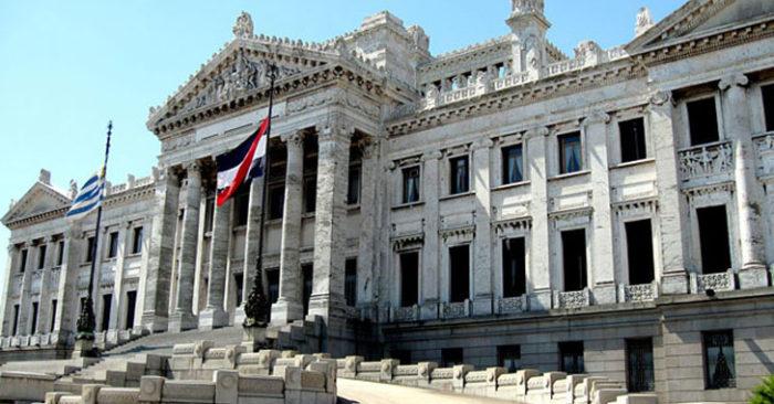 parlamento11-700x366