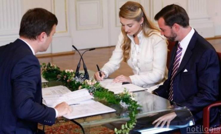 Matrimonio Registro Civil : Fotos matrimonio civil ceremonia de la boda en un registro